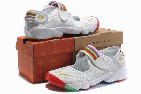 buy popular 7b130 e7cb7 Nike - Bte legend react femme 1414158 acheter chaussure Nike Wmns Air Rift  Breathe Total Crimson (femme) (3) Nike - Kaishi Chaussures Mode Sneakers  Femme ...