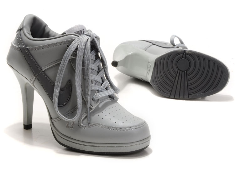 watch elegant shoes detailed images nike dunk a talon pas cher